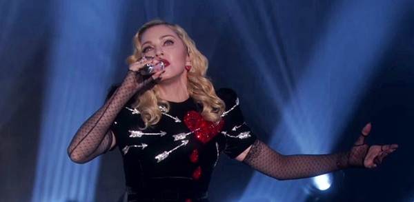 madonna-joan-of-arc-live-ellen.jpg